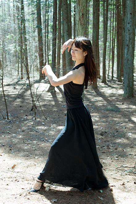 森の中で連続写真2