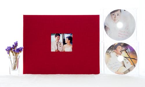結婚式のアルバムをお渡ししました