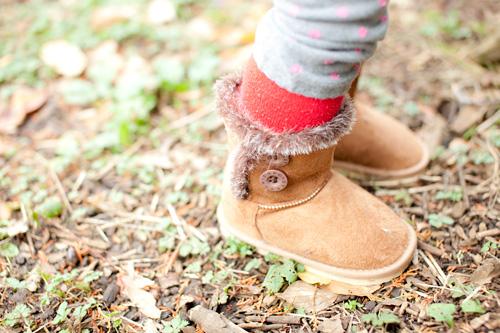 女の子のブーツ