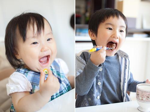 ケーキを食べる男の子と女の子