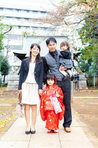 ご家族4人の記念写真