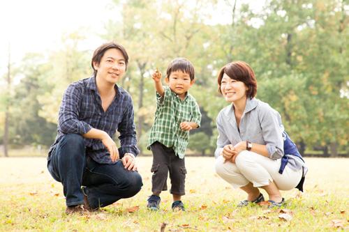 お散歩中のご家族