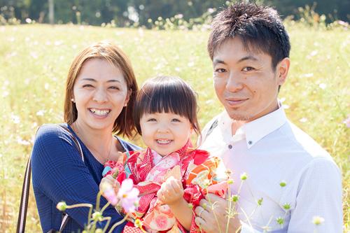 自然の中での家族写真
