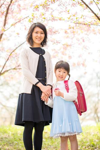 桜の下でのお母さまとのツーショット